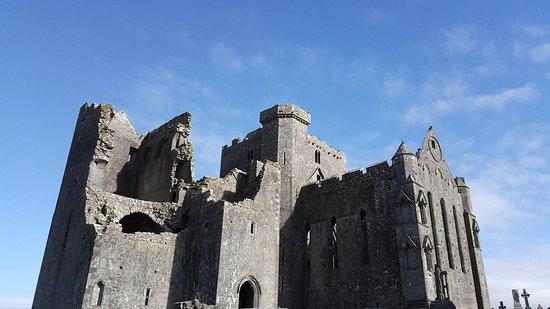Rock of Cashel. Beautiful place 💖