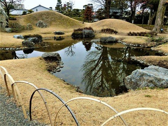 Ruins of Ashikaga School: 方丈前の庭園
