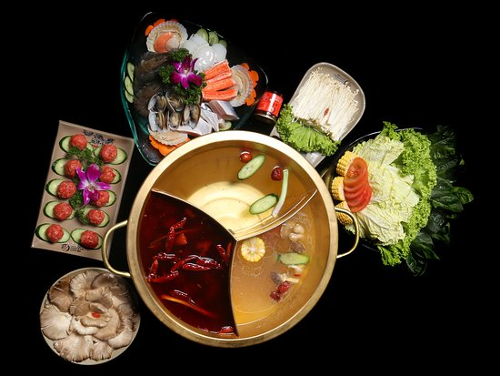 Xiao Long Kan Hotpot: Lunch for for 3 - 4 Pax Comes with 2 flavoured Soup Base Comes with Seafood Platter,  Beef Ball, Enoki Mushroom,Oyster Mushroom and Assorted Vegetables.