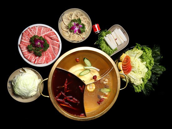 Xiao Long Kan Hotpot: Lunch for for 1- 2 Pax Comes with 2 flavoured Soup Base Comes with American Beef Slices, Thousand-Layered Beef Omasum and Assorted Vegetables.