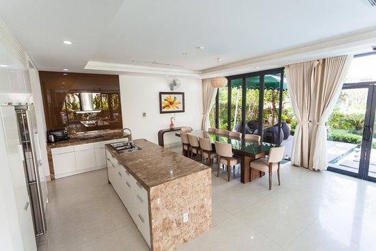 Resort Villa Beach Da Nang: getlstd_property_photo