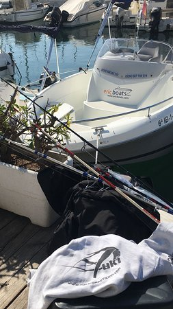 Ericboats: ¿Quieres disfrutar de un día de pesca deportiva? Nosotros te lo organizamos, contacta con nosotros, estaremos encantados de asesorarte.