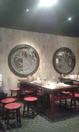 New Shanghai (Queens Plaza, Brisbane) inside with tables full of dirty dishes