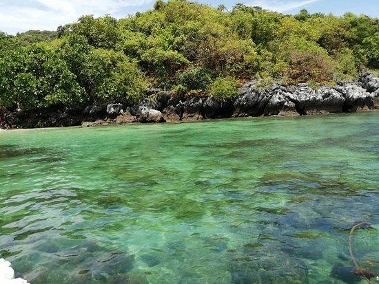 Sawi, Thailand: เกาะกุลา น้ำใสเห็นตัวปลา แหล่งท่องเที่ยวใหม่ที่ยังอุดมสมบูรณ์ด้วยธรรมชาติ