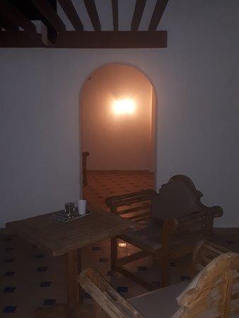 Гигантский балкон у сьютов.