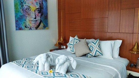 Fado Villa Prestige: Cada quarto tem o nome de um cantor de fado, eu fiquei no meu favorito. Mariza :)