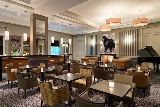 Mercure Chantilly Resort & Conventions: Donatello bar