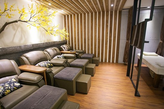 Omotesando Foot and Health Massage Club