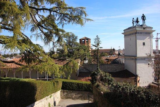 Il Castello di Udine: Blick auf die Piazza della Libertá