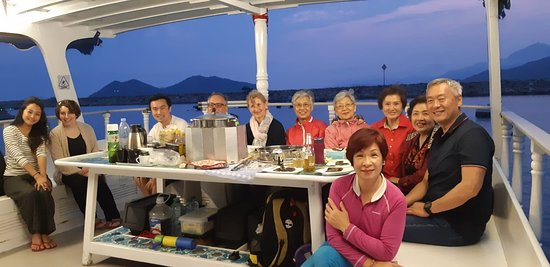 Hong Kong, China: Amazing dinner with family and friends