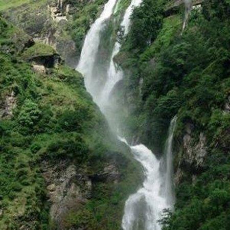 POKALI WATER FALL KHOTANG