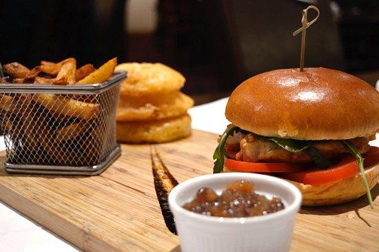 The Blue Bell Inn: Chef's Chicken Burger.