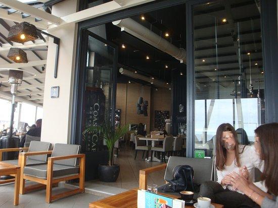 Coast Cafe Barestaurant: άποψη του χώρου