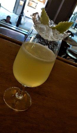 dikteon cave cocktail