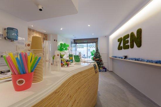 ZenZoo Bubbletea: Zen zoo en un salón de té taiwanes (bubble tea) que nació en los años 80, donde se ofrecen bebidas refrescantes  basadas en té artesanal frío o caliente o bien leche y frutas al que se le puede añadir la famosa tapioca artesana, poppings, bolitas de zumo explosivas, y ¡mucho más!
