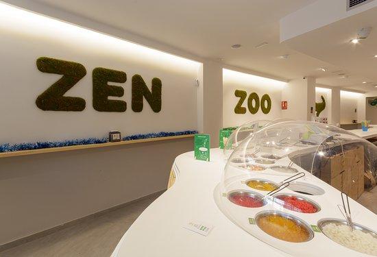 """ZenZoo Bubbletea: Zen zoo es un juego de palabras que le da el significado de """"tapioca"""" en mandarín."""