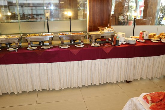 Diamond Hotel: Buffet