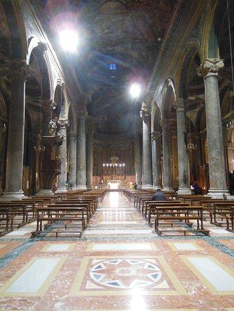 San Giuseppe dei Teatini: L'interno