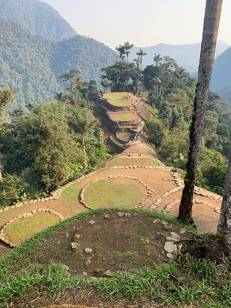 Lost City trek in the Sierra Nevada, Santa Marta (4 days tour): View from the highest sector of La Ciudad.