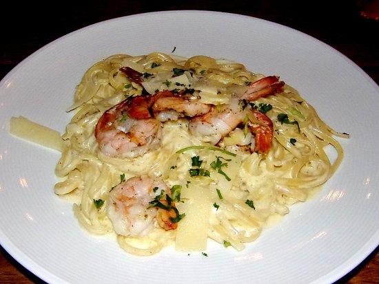Linguini Alfredo With Shrimp