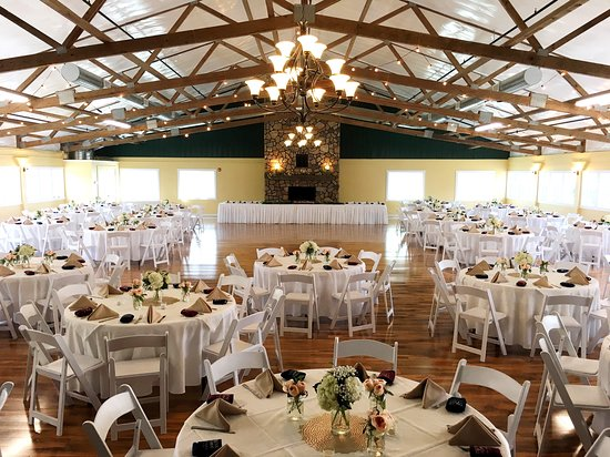 The beautiful Kenton Hall seats up to 350 and is available for weddings, corporate events, parties, and reunions. It is surrounded by beautiful fields and lush greenery with breathtaking views of central Ohio. Call us at 937-399-9950 or visit our website at SimonKentonInn.com for more information or to schedule a tour of the facility.