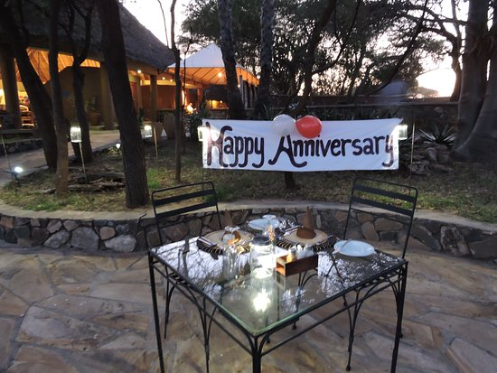 Tarangire Safari Lodge: What a great wedding anniversary and an absolute perfect ending to our safari.