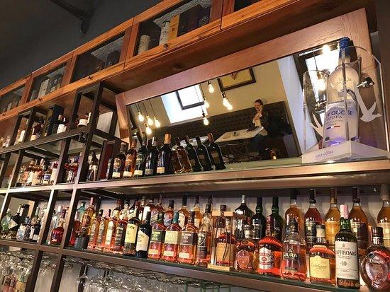 Deja Brew Pub