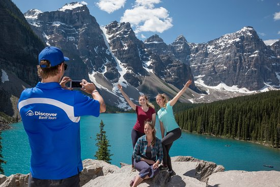 ‪Discover Banff Tours‬