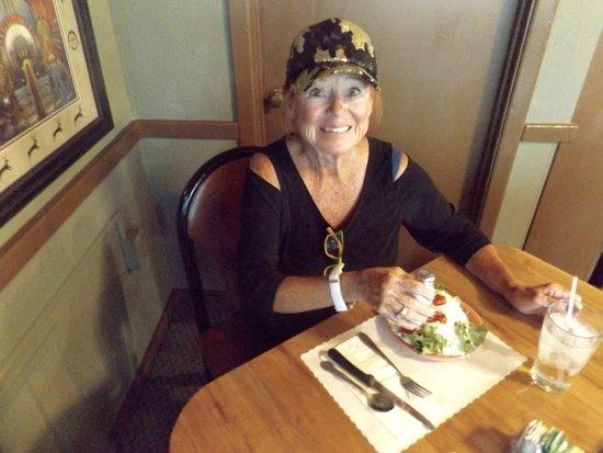 Del's Restaurant: Or salad bar