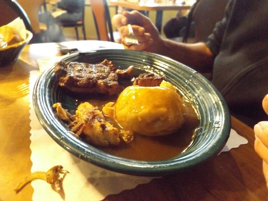 Del's Restaurant: Steak and mashed potatoes, not great
