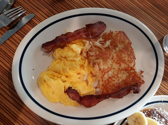 Ihop: scrambled eggs, hash browns and bacon
