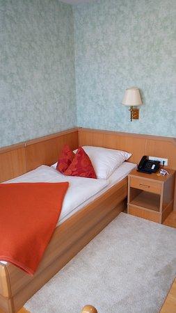 Jungingen, ألمانيا: Mini - Einzelbett