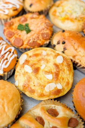 St Claire Patisserie: Artisanal-bread