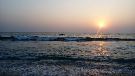Madhavpur Beach Beach is located on Porbandar Veraval Highway One of the best beach in Gujarat