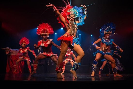 Ginga Tropical Show og Samba Class