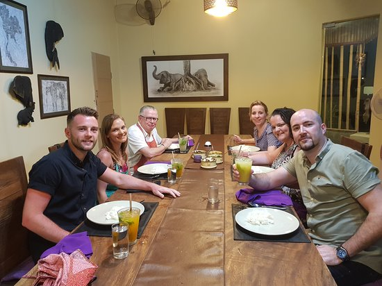 Half-Day Communal Dining Experience in Koh Samui: Setting