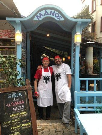 Kaş, Törökország: Ermal ve Nico