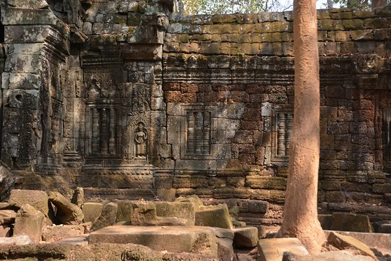 Angkor Wat Photography Workshops and Tours: Angkor Wat - Ta Nei temple