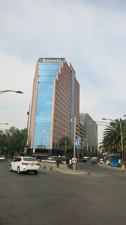 Start of La Reforma