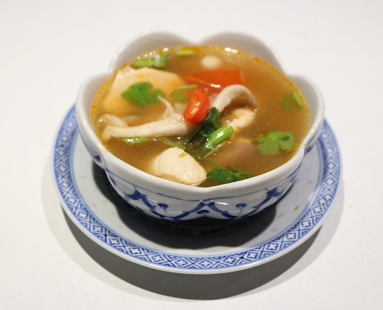*Vegetarian Soup*   Tom Yam Hed (Spicy soup wth oriental mushrooms) ต้มยำเห็ด