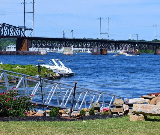 Havre de Grace, MD: Boating and other activities for your guests