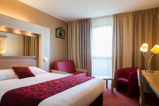 Hotel The Originals Saint-Nazaire Aquilon: Chambre Confort 22m² (côté parking)