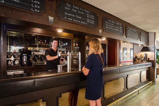 Hotel The Originals Saint-Nazaire Aquilon: Profitez de notre espace Lounge Bar du matin au soir
