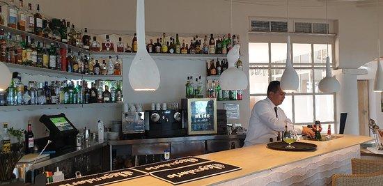 Sa Punta: Beautiful restaurant in every way...