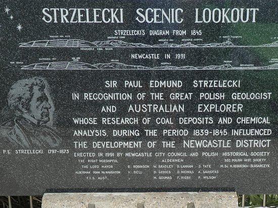 Newcastle, Australia: Plaque at lookout