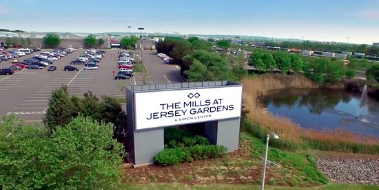 Elizabeth, NJ: The Mills at Jersey Gardens: 5th best shopping in the country!