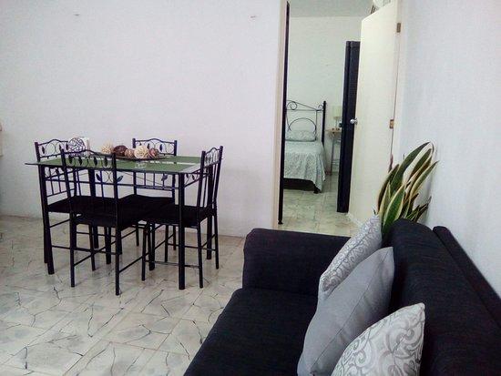 Mi Ca-sa en Merida: Apartamento 2: Sala-comedor