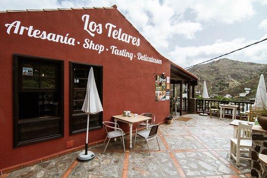 Tienda y Terraza-Cafe Los Telares