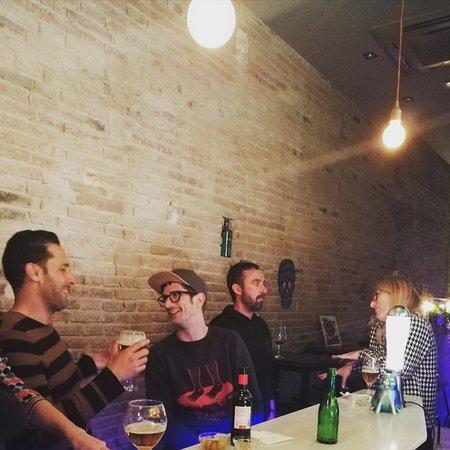 Gia Club: Miercoles y jueves techno