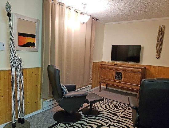 Salmo, Canadá: Safari Living room